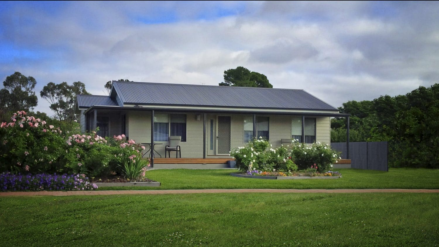 Blackwood 1 swanbuild for Country style home designs nsw